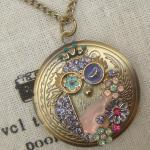 Steampunk Colorful Owl Locket Neckl..